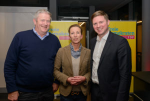 v.r.: Dr. Florian Toncar MdB, Stefanie Knecht, Dr. Wolfgang Weng